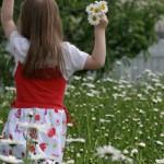 1187577_84255851 girl in spring