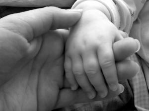 555659_66778276 baby hand