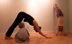 Kassandra Brown - family yoga